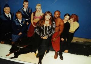 Här är en bild ifrån en intervju i tidningen okey Uffe Magnusson  tog bilden detta kan vara runt 94 vi gjorde en Tysk musikvideo.